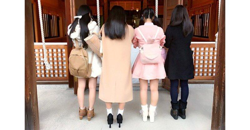 日本女生參拜照「只看背影」誰最正?「轉過來之後」有點後悔了